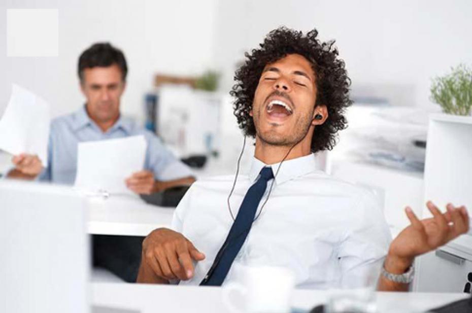 ecouter-de-la-musique-en-travaillant-nous