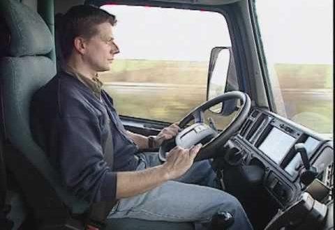 comment devenir chauffeur routier job 53 le portail de l 39 emploi. Black Bedroom Furniture Sets. Home Design Ideas